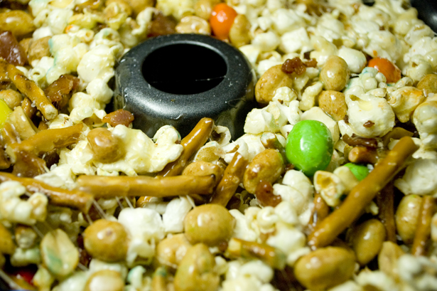 popcorn-cake-bundt-pan
