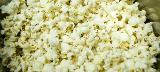 popcorn-cake-popcorn
