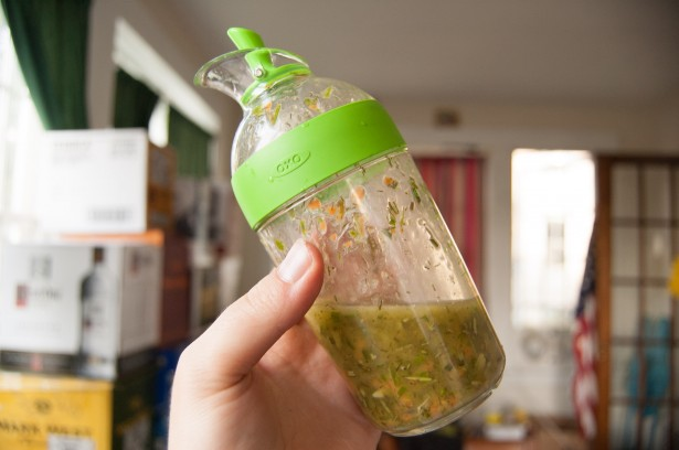 oxo-tools-bbq-Little Salad Dressing Shaker